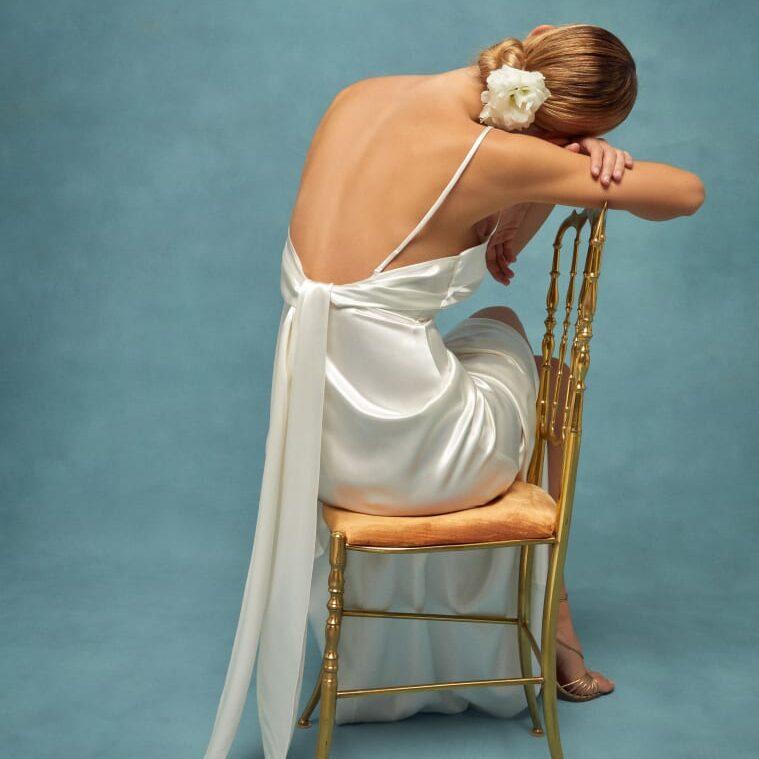Ткань для платья с открытой спиной