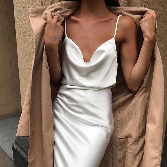 Ткань свадебного платья на бретельках