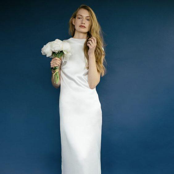 Ткани для свадебного платья с закрытым верхом. Как выбрать? (Фото и идеи).