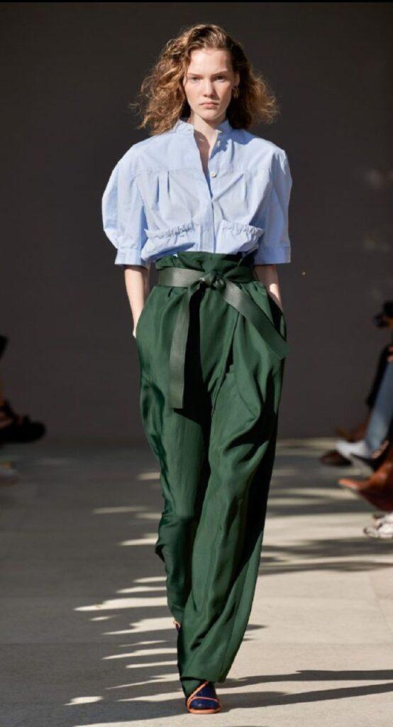 Костюмная ткань для брюк.