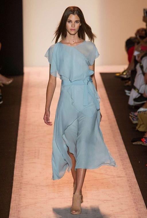 голубое платье на новый год из шелка шифона и крепдешина