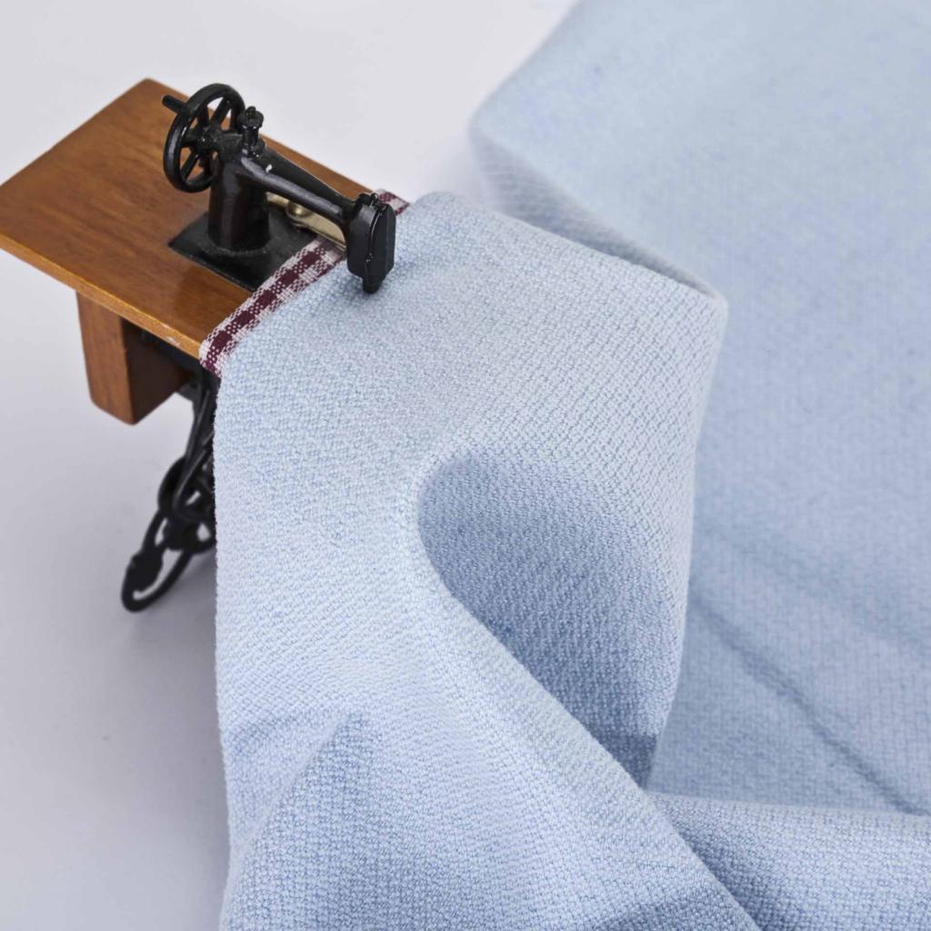 голубая ткань из льна